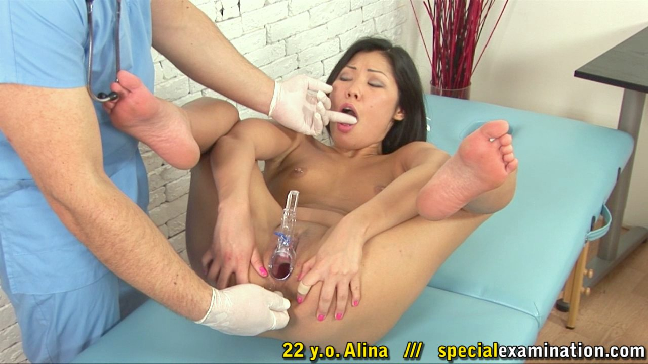 Maledom clitoris exam of an Asian babe